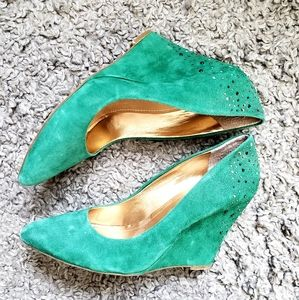 BCBGeneration green suede wedge heels
